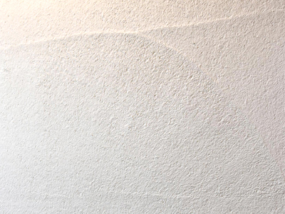 化学物質を一切使用しない健康建材です。調湿・消臭機能に優れ、結露やシックハウス、カビなどの悩みを解消。省エネ・節電にも貢献する壁材です。|株式会社未来住建